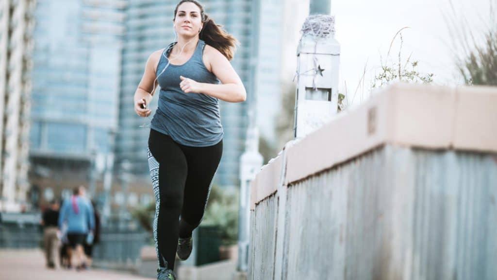 menjaga kestabilan lutut