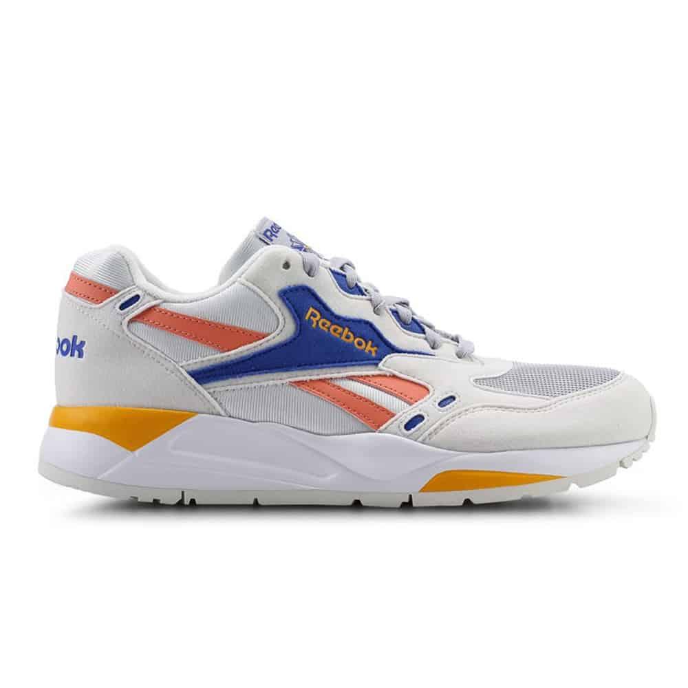 tren sneakers