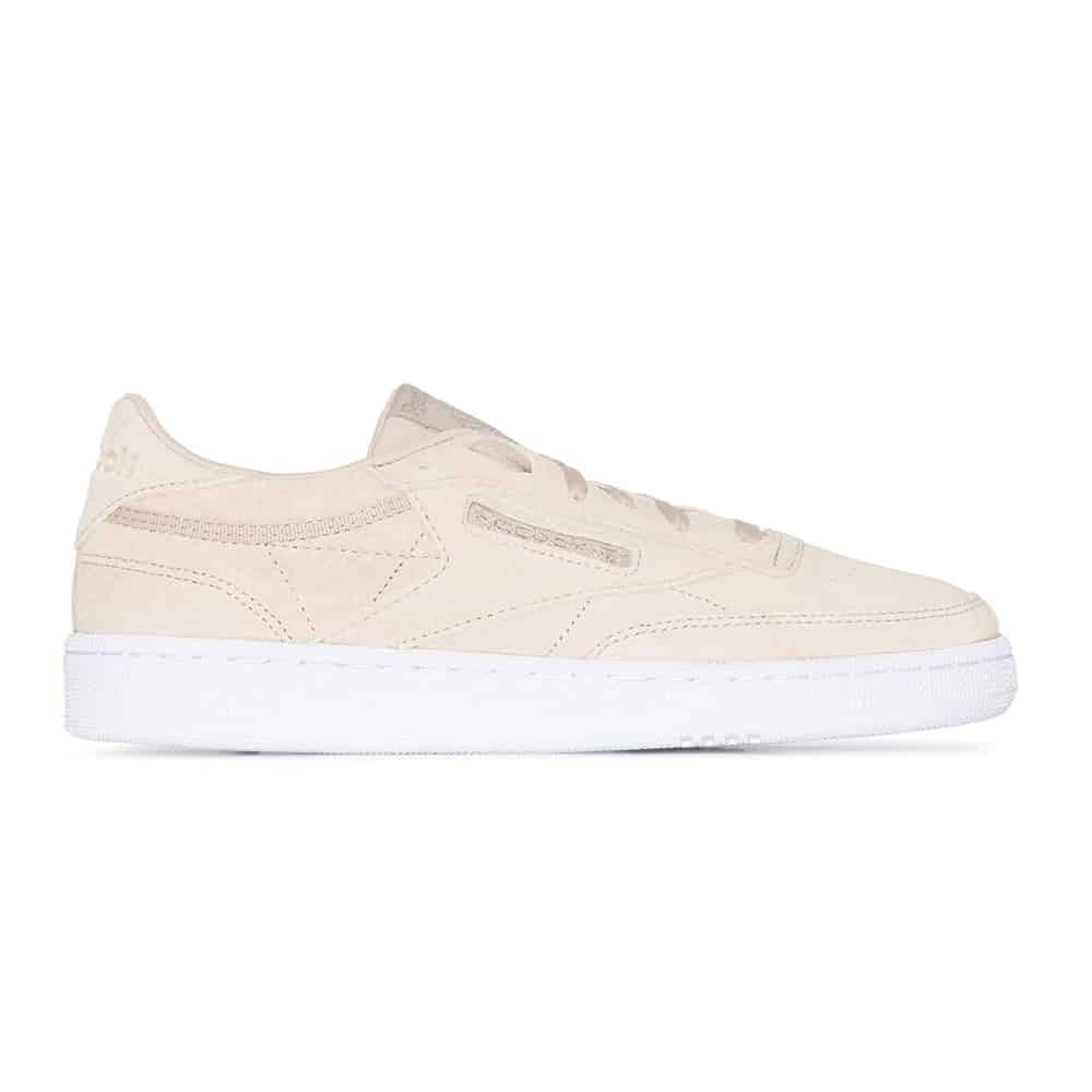sneakers nyaman