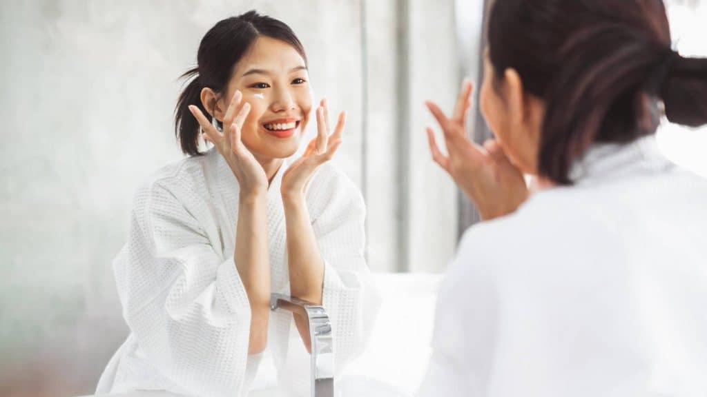 menjaga kesehatan kulit