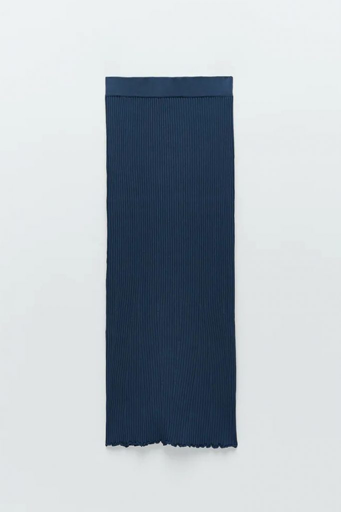 paduan warna biru dongker