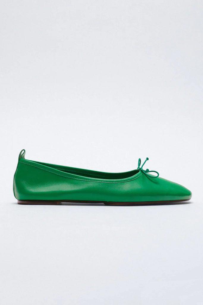 Paduan warna hijau