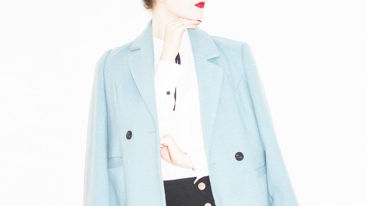 biru pastel