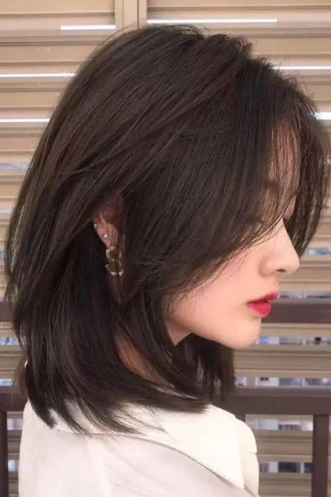 model rambut layer sebahu
