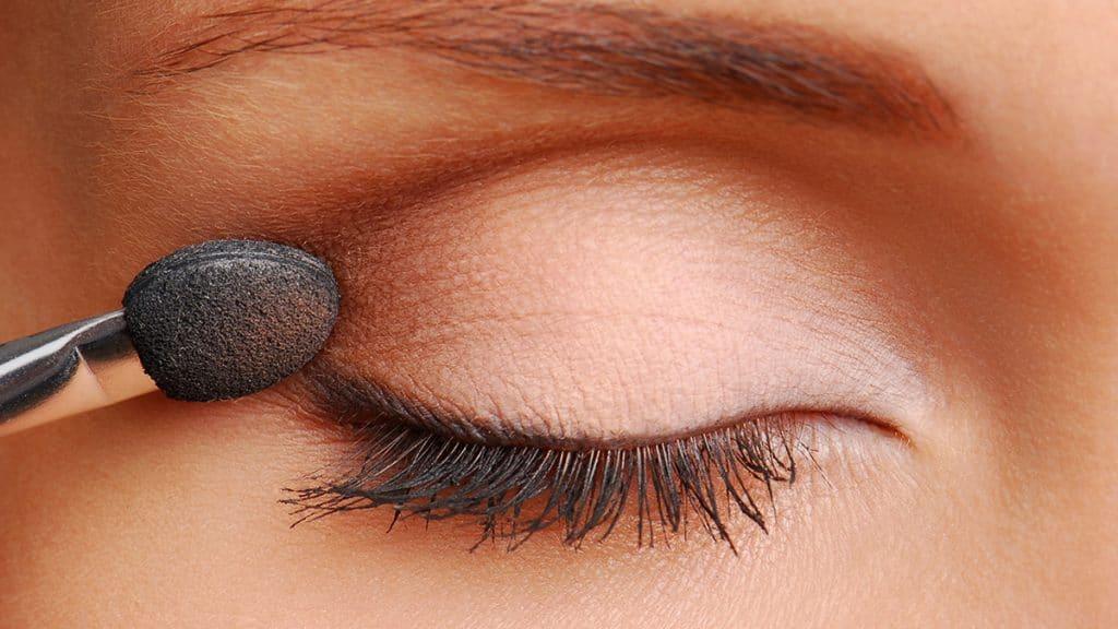 cara pakai eyeshadow