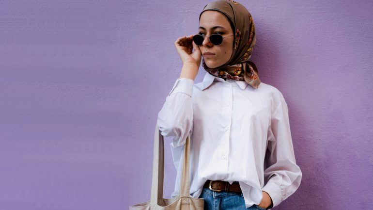 paduan warna baju dan jilbab